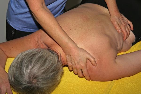 massage-32560D89007D-8373-F83A-A424-B555353AD5A2.jpg